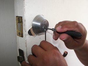 locksmith, locks, unlock-1947387.jpg